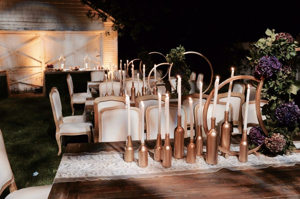 This party was planned as a sheva brochos as a Collaborative event by The Anelis Group and Birch Event Design for a group of 50 family and friends. Though this is an outdoor BBQ party, the menu can be adapted for any party all year round.