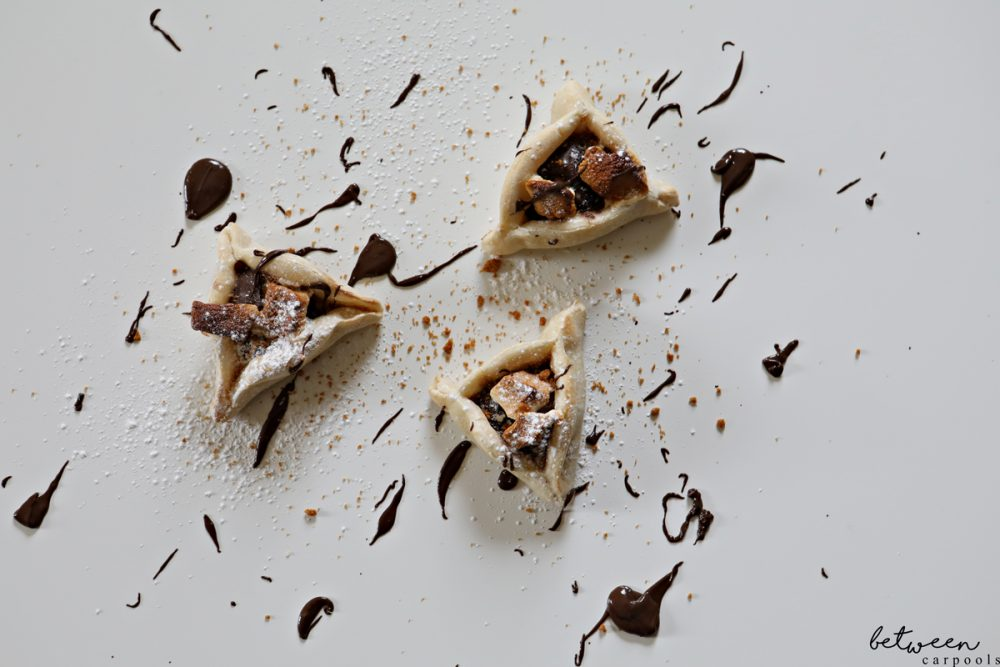 Chocolate Smores Hamantashen 4 Ways to Make Hamantashen (and None Involve Making or Rolling Dough) Not up to rolling out a dough and baking hamantaschen? Get in the Purim spirit with these four easy and tasty ways to enjoy the three-cornered pastry.