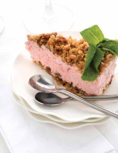 We Found the Best Fruit Pie You'll Enjoy All Summer: Frozen Strawberry Rhubarb Crumble Pie