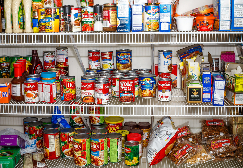 How To Organize A Wire Shelf Pantry Between Carpools 1