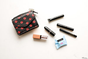 Mini Makeup Picks for When You're on the Move. Do you need mini versions of your favorite makeup staples to keep in your purse? These are my favorites that come in mini sizes.