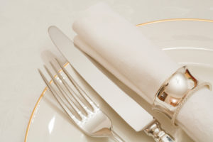 10 Affordable (+ Beautiful) Napkin Rings for Your Yom Tov Table