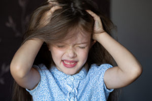 Does Your Daughter Complain That It Hurts When You Brush Her Hair?