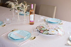 This Spring-Inspired Table Setting Is So Simple and Pretty