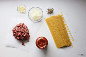 Make a Hearty Spaghetti and Meat Sauce in One Pot