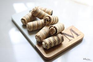 These Lotus Dessert Cannolis = 4 Ingredients = 1 Easy, Amazing Dessert.